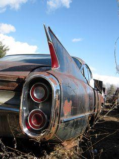 (1960) Cadillac tail fin