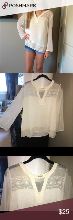 White blouse Great condition! Worn twice Tops Blouses
