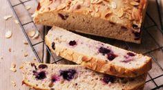 Domáci kváskový chlieb sčučoriedkami Bread, Pizza, Food, Brot, Essen, Baking, Meals, Breads, Buns