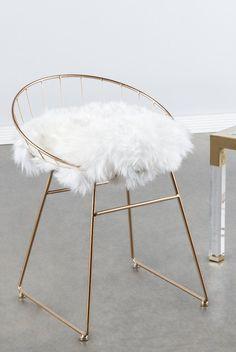 T058FUR-Kylie Sheepskin Chair – Statements by J
