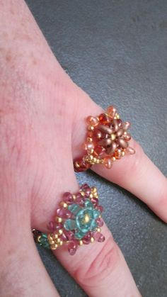 Flower rings Free Pattern