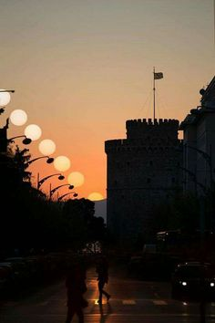 Vernal Equinox in Thessaloniki, Greece - Earth Science Picture of the Day Beautiful Islands, Beautiful Places, Crete, Places To Visit, To Go, Around The Worlds, Sunrise, Greece Thessaloniki, Macedonia Greece
