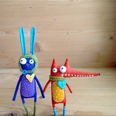 Brooches Handmade, Handmade Toys, Diy And Crafts, Crafts For Kids, Arts And Crafts, Fabric Animals, Fabric Toys, Paperclay, Sewing Toys