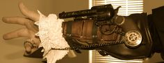 steampunk-assassins-creed hidden gun