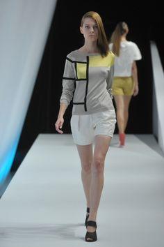 2014 S/S | Yasutoshi Ezumi | Mercedes-Benz Fashion Week TOKYO