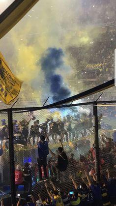 Torcida do Boca Jrs no Estádio La Bombonera