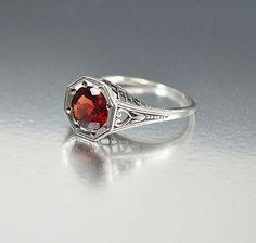 Vintage Sterling Silver Filigree Garnet Ring Size 6.5