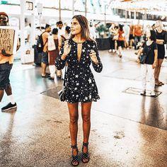 Yildizli pekiyi ✨ Kombin için fotografi tiklayin. : @belenhostalet on ig #inspiration #dress #fashionblogger #stars #ootd