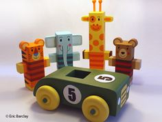 Super cute block animals created by Eric Barclay!