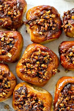 Classic sticky buns covered in an irresistible caramel-y pecan topping make the absolute best weekend breakfast ever! You won't believe how good these are. Brunch Recipes, Breakfast Recipes, Dessert Recipes, Yummy Recipes, Breakfast Dishes, Healthy Recipes, Pecan Sticky Buns, Sticky Rolls, Pecan Rolls