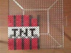 Perler Bead Ideas Minecraft - Bing Images Easy Perler Bead Patterns, Melty Bead Patterns, Perler Bead Art, Beading Tutorials, Beading Patterns, Minecraft Party, Minecraft Stuff, Hama Beads Minecraft, Minecraft Designs