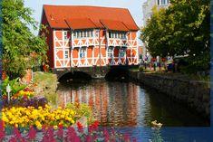 Summer in Wismar, bridge house (Gewoelbe Haus) ~ Mecklenburg-Vorpommern, Germany