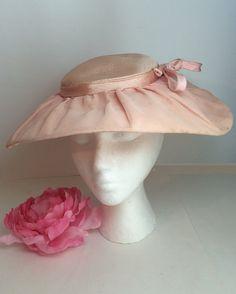 Pink Womens Halo Wide Brim Bow Hat Size Medium Chiffon Paris Chic 1940's 1950's Era Clothing Soaring Hawk #Vintage by SoaringHawkVintage on #Etsy #vintagehat