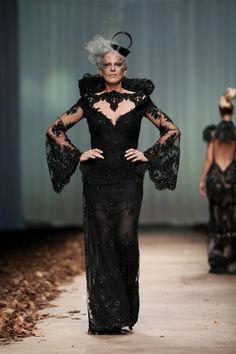 LADY X' by @Matija Vuica #fashion #glamour #redcarpet #beauty #zvonavuckovic Mature Fashion, Grey Fashion, 50s Hairstyles, How To Make Clothes, Grey Hair, High Collar, Dress Black, Corset, Red Carpet
