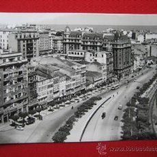 ANTIGUA POSTAL DE LA CORUÑA - AVENIDA DE LINARES RIVAS Paris Skyline, Travel, City, Vintage Postcards, Antique Photos, Historia, Live, Souvenirs, Buildings