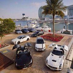 Livin' the dream.   #mbphotocredit @benz__club    #mercedes #benz #sls #amg #supercar #yacht #ocean