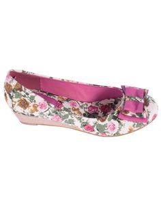 "Bailarina estampado rosa http://www.nizaonline.com/es/primavera-verano-2013/mujer/calzado/#{""product"":""373""}"