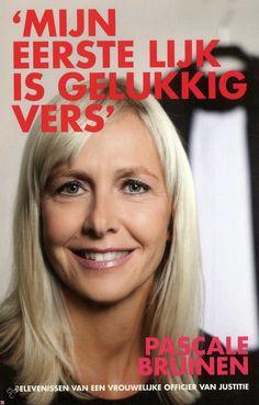 Recensie door Marjon: Mijn eerste lijk is gelukkig vers - Pasc...: http://tboekenblog.blogspot.nl/2015/02/recensie-mijn-eerste-lijk-is-gelukkig.html