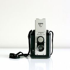 Wise Apple Vintage: Argus Seventy-Five Box Camera, at 20% off!