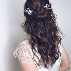 Inspirace svatebni uces na svatbu Veronica, Wedding Ideas, Long Hair Styles, Weddings, Beauty, Long Hairstyle, Long Haircuts, Mariage, Long Hair Cuts