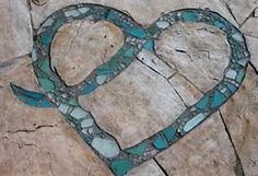 Mosaic in cracked concrete!