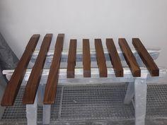 Tischfüße aus Nussbau massiv in der Lackierung Table, Furniture, Home Decor, Paint Line, Art Pieces, Creative, Interior Design, Home Interior Design, Desk