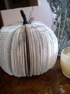 DIY Little Fall Crafting DIY Fall Decor DIY Home Decor. Caye another book page decoration! Pumpkin Books, Diy Pumpkin, Paper Pumpkin, Pumpkin Crafts, Pumpkin Carving, Fall Halloween, Halloween Crafts, Halloween Decorations, Fall Decorations