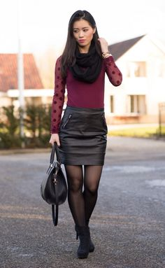 www.streetstylecity.blogspot.com Fashion inspired by the people in the street ootd look sexy skirt miniskirt Burgundy Skirt Leather outfit