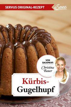 Saftiger Kürbis, duftender Zimt und zart schmelzende Schokolade: Das sind die Zutaten für Christina Bauers Kürbis-Gugelhupf. Und flott zubereitet ist er auch noch. Besser geht's nicht! #kuchenbacken #christinabauer #backenmitchristina #kürbiskuchen #kürbisgugelhupf #gugelhupf #backenmitkürbis #nachspeise #dessert #rezepte #rezept #rezeptideen #hausmannskost #ichliebeessen #österreich #österreichischeküche #kochen #regionaleküche #regionalkochen  #servus #servusmagazin #servusinstadtundland Flott, Cereal, Breakfast, Videos, Best Cake Recipes, Molten Chocolate, Meals, Morning Coffee, Breakfast Cereal
