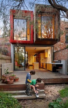 Wood, concrete, container. A15-Foot-Wide House, Fitzroy, Victoria (Andrew Maynard)