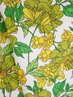 Vintage Fabric - 1970s floral curtain / upholstery fabric -green, yellow, gold…