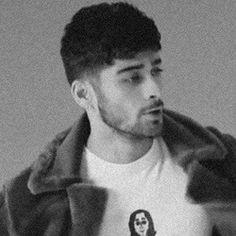 Zayn Malik Video, Zayn Malik Pics, Zayn Mallik, Beautiful Boys, Beautiful People, One Direction Pictures, Most Handsome Men, Favorite Person, My Boyfriend