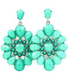 turquoise earrings. Been looking for some trendy turquoise earrings everywhere.