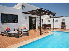 Casa Arabella - 2 Bed Villa for rent in Playa Blanca Lanzarote sleeps up to 5 from £450 / €510 a week