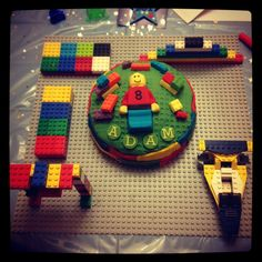 Lego birthday cake made by moi and little mans brothers :-))