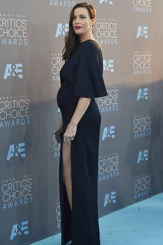 Critics' Choice Awards 2016 http://stylelovely.com/galeria/critics-choice-awards-2016/