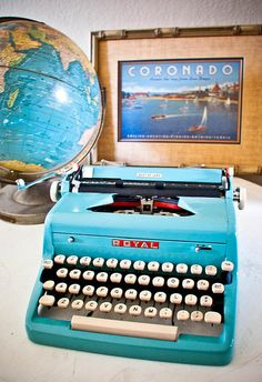 1950s Turquoise Royal Typewriter    Don't you think color makes a typewriter so chic and fashionable?  #typewriter