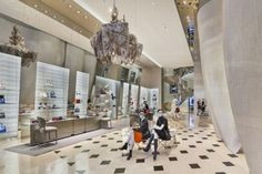 christian de portzamparc and peter marino design seoul's dior boutique Retail Interior Design, Interior Design Magazine, Top Interior Designers, Best Interior Design, Boutique Dior, Boutique Design, Christian De Portzamparc, Dior Store, Luxury Store
