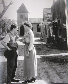 チャップリンとヘレン・ケラー
