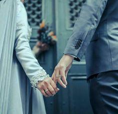 amlar iyi a? Couple Pics For Dp, Love Couple, Best Couple, Beautiful Couple, Couple Pictures, Couple Goals, Couple Art, Couple Quotes, Couple Shoot