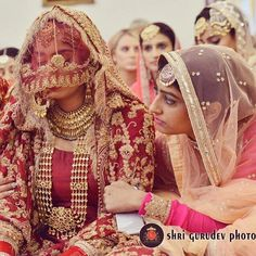 #arrahman #southindianbride #royallooks #preweddinggoals #weddinginspiration #awardwinningphotographer #prewedding #filmlook #concept #telangana #travelphotography #bollywood #bridalinspiration #instalove #instalike #fashionphotography #weddinginspiration #weddingphotography Desi Bride, Desi Wedding, Wedding Bride, Indian Dress Up, Indian Wear, South Indian Bride, Indian Bridal, Punjabi Bride, Punjabi Wedding