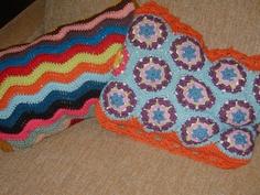 lucy ripple and my hexagon pillows #crochet #ripple #pillow #hexagon#cushion