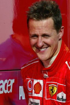 Michael testing his Ferrari at Jerez racetrack on 10 February 2005 Michael Schumacher, Ferrari F1, F1 Drivers, Super Cars, Balls, Automobile, Pilots, Caricature, February