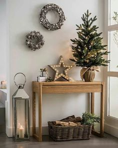 simplicity in Christmas decorating. Natural wins every time!