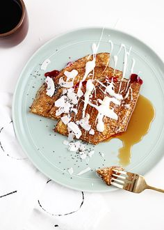 Swedish Pancakes are thin and eggy pancakes, traditionally served rolled with lingonberry jam. If a crepe and a dutch baby had a baby, itd be a Swedish Pancake. Swedish Pancakes, Breakfast Pancakes, Pancakes And Waffles, Beignets, Brunch Recipes, Breakfast Recipes, Yummy Recipes, Scandinavian Food, Milk And Eggs
