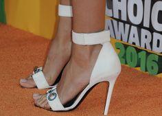 Heidi Klum's Feet << wikiFeet