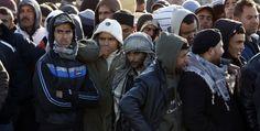 Il paese che accoglie i migranti. Il paesino di Riace, in Calabria, sarebbe scomparso se non avesse aperto le porte ai migranti. Il report di The Observer (Reuters/Antonio Parrinello)