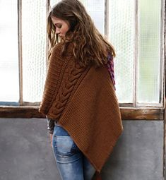 Ravelry: Poncho bicolore pattern by Phildar Design Team