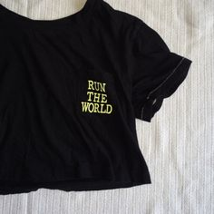 RUN THE WORLD CROP TOP F21 athletic crop top, never worn Forever 21 Tops Crop Tops