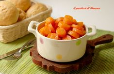 Carote nella pentola a pressione Cantaloupe, Sweet Potato, Buffet, Potatoes, Pudding, Fruit, Vegetables, Kitchen, Desserts